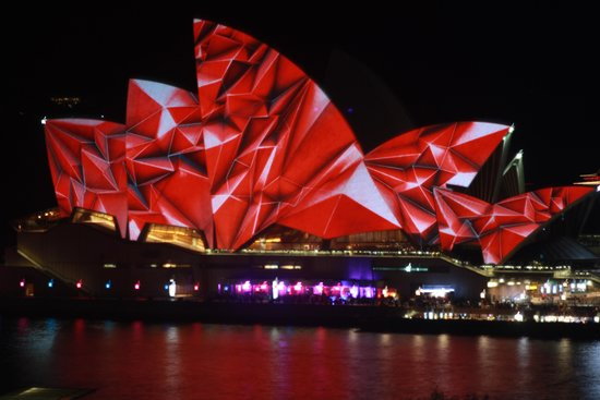 Vivid Sydney : view from YHA roof top