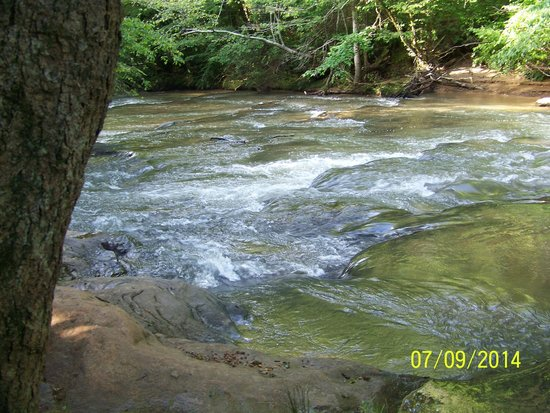 Hidden Creek Camping Resort: Nature Trail is a must! Great Adventrure