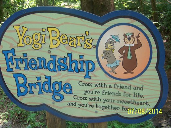 Hidden Creek Camping Resort: Bridge on the Nature Trail - This is a must!