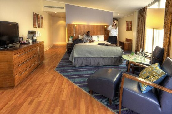 Holiday Inn London - Camden Lock : Penthouse Suite, where to experience Camden in style