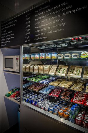 Holiday Inn Express London- Southwark: Feeling Peckish? Take a Look to our Daily Food Selection