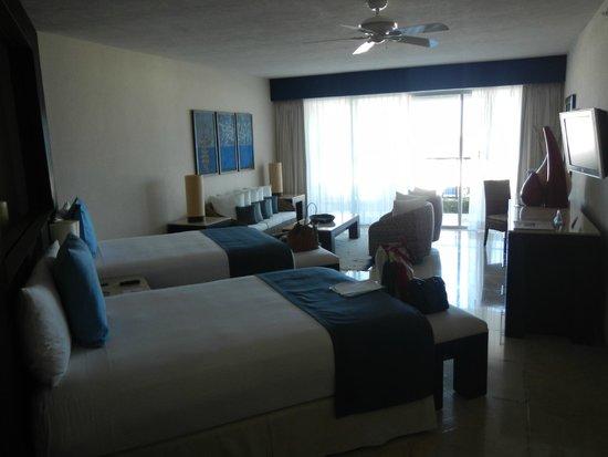 Grand Park Royal Cancun Caribe: The room