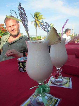 La Vaca Rosada: many many many cocktails to try