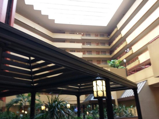 Embassy Suites by Hilton Baltimore BWI - Washington Intl. Airport: Beautiful hotel