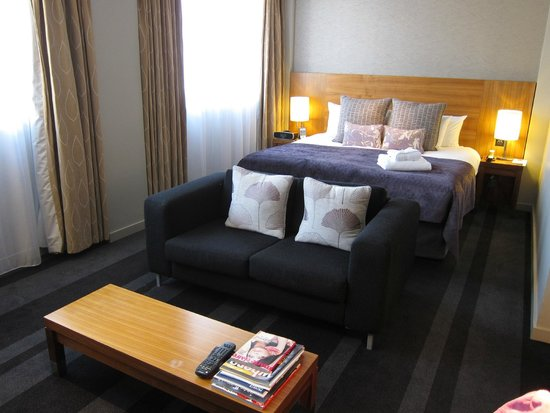 Apex City of London Hotel: room is big and comfortable