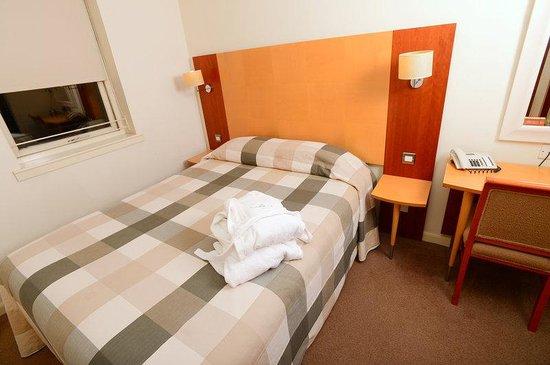 Holyrood apartHOTEL: Double Room
