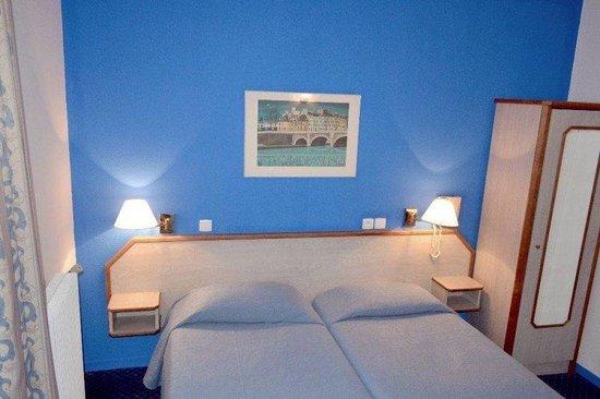Hotel Williams Opera : guest room