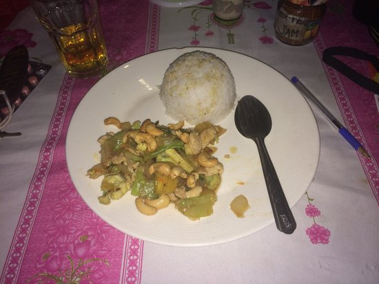 Baanrimtaling Home Stay: DELICIOUS FOOD