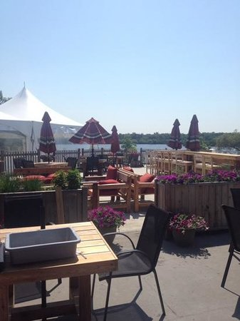 The Willow On Wascana: Deck View at Lunch