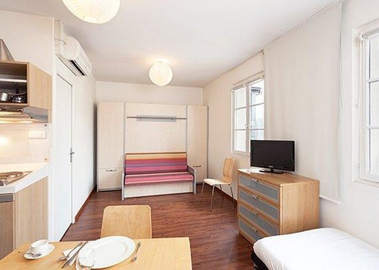 Comfort Hotel Paris La Fayette : Family Room