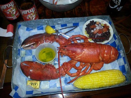 New England Fish Market & Restaurant: NE style lobster dinner