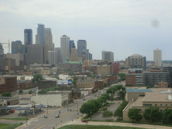 Courtyard by Marriott Minneapolis Downtown : VIEW FROM HOTEL 14TH FLOOR