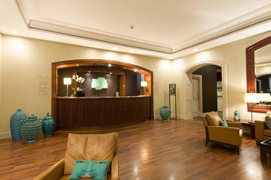 Holiday Inn Nice: Reception