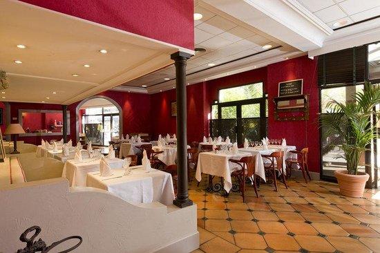 Holiday Inn Nice: Breakfast Area