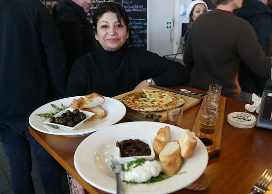 Bluetongue Cafe: The delicious food