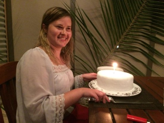 Blue Lagoon Beach Resort: Birthday cake made by the chefs