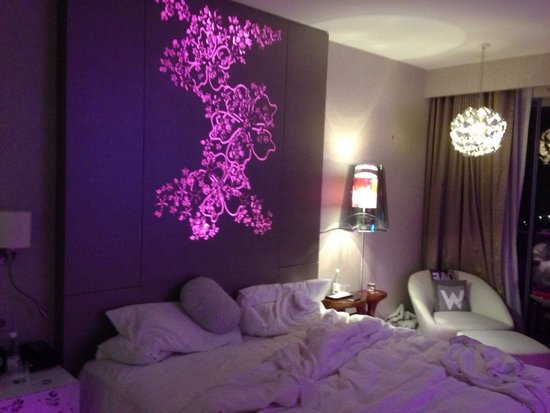 W Singapore Sentosa Cove: Not so fabulous room