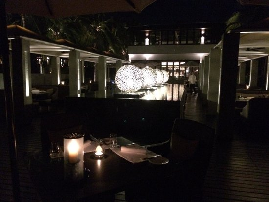 Four Seasons Resort The Nam Hai, Hoi An: night