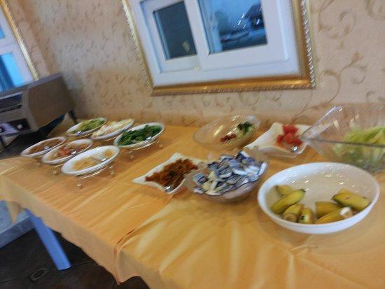King Parkview Hotel: Buffet breakfast