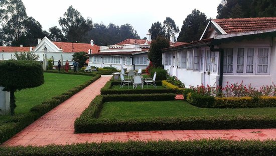 Taj Savoy Hotel, Ooty : Other rooms with private lawns..