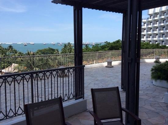 Shangri-La's Rasa Sentosa Resort & Spa : view from room 761