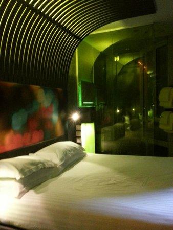 Hotel Sublim Eiffel: Bed