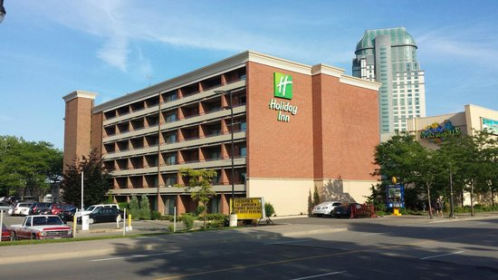 Holiday Inn Niagara Falls - By The Falls: Exterior