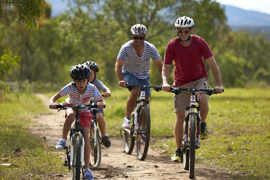 Spicers Hidden Vale: Explore the property on mountain bikes