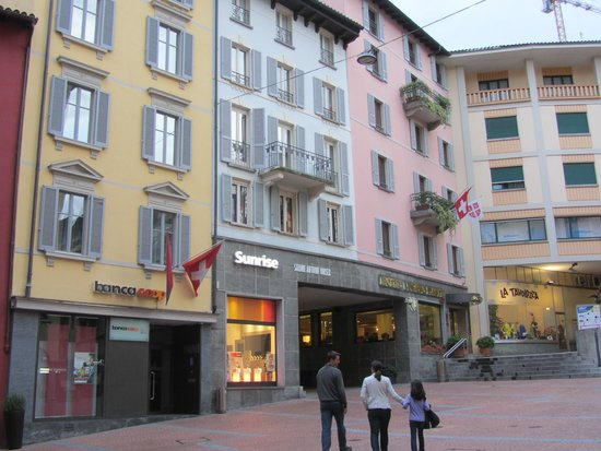 Lugano Dante Center Swiss Quality Hotel: Ideal location in central Lugano