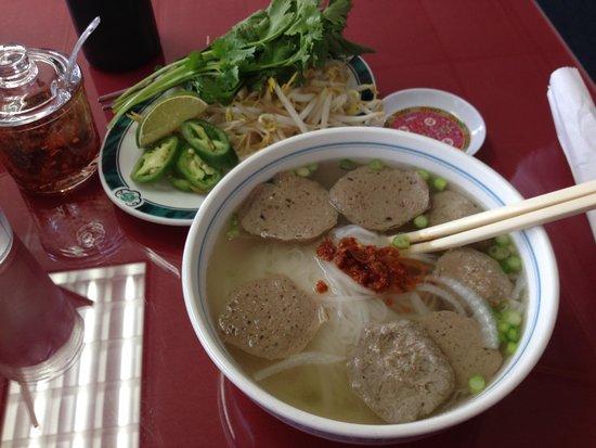 Pho Lu'u: Small Meatball Pho