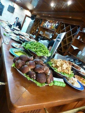 Bar Restaurante Munto : veggies and fresh seafood