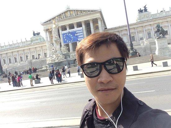 Parliament Building: รัฐสภาเวียนนา