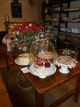 Gabrielskloof: Selection of cakes