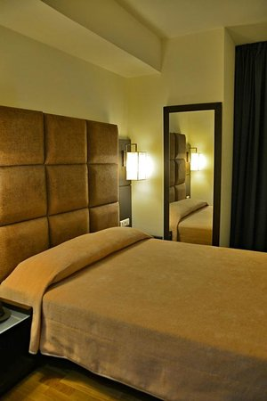 Arion Athens Hotel: Room on the 1st floor
