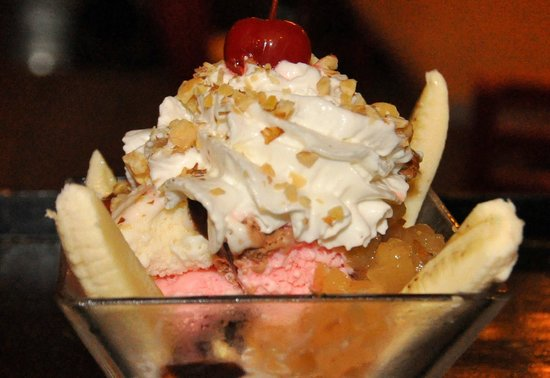 Don Chendo: The Chendo Mini Banana Split