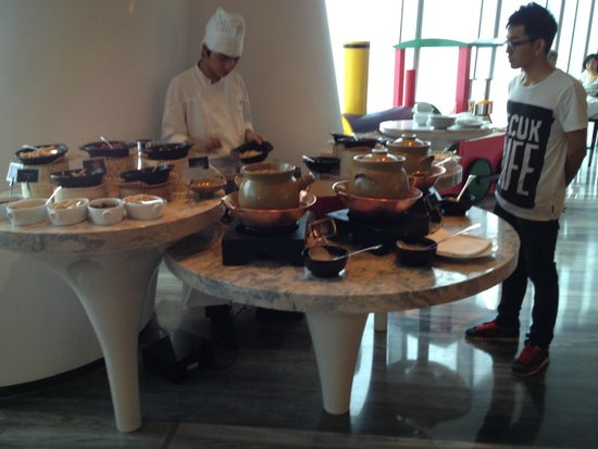 Four Seasons Hotel Guangzhou: breakfast