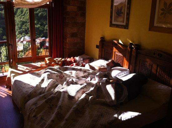 Apartamentos Rurales Balcón Real Senda del Oso: Bellas durmientes,Rey Pelayo