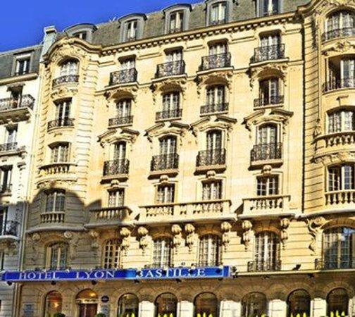 Hotel lyon bastille paris voir les tarifs 2017 plus for Bastille hotel