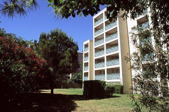 Citadines Prado Chanot Marseille : Garden