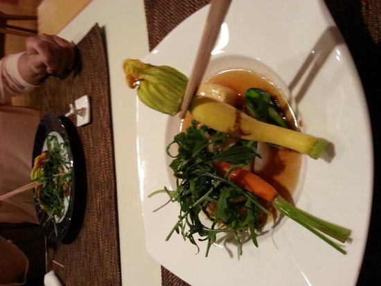 Auberge de Tefutefu: Organic vegatables