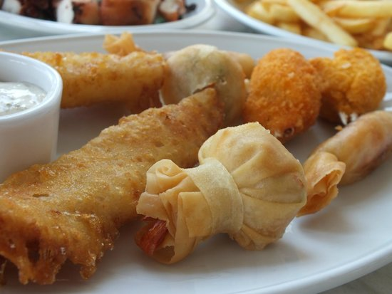Dionyssos Fish Tavern: Fish meze
