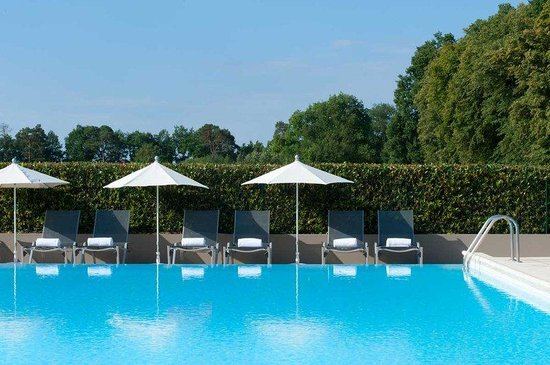 Dolce Chantilly : Pool Internet