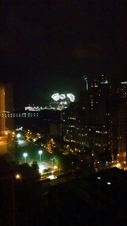 The Ritz-Carlton, Chicago : Navy Pier fireworks from 1510