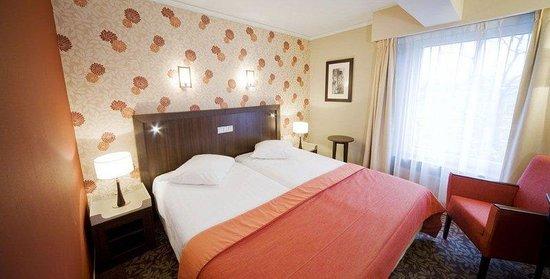 範瓦爾蘇姆酒店照片