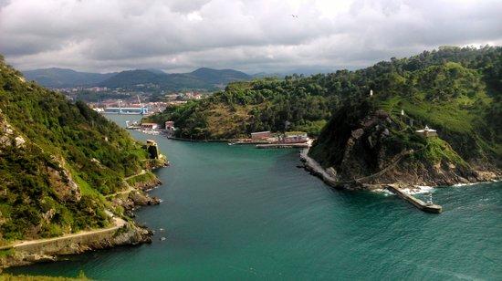 Pasajes de San Juan (Pasai Donibane): Vista desde ell semaforo
