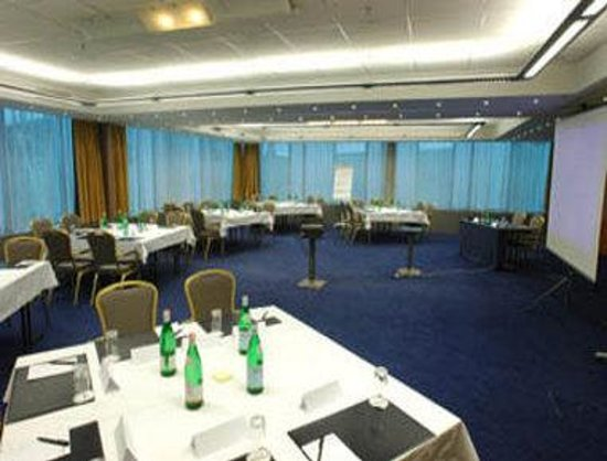 Ramada Encore Geneva : Meeting Room