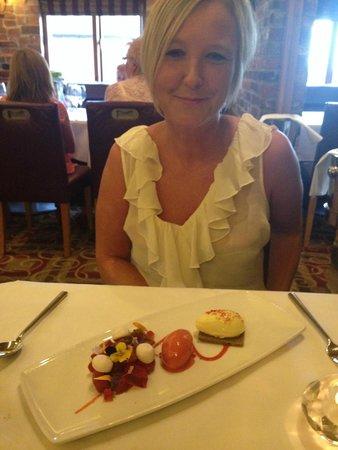 Dovecote Restaurant: Yummy Pudding