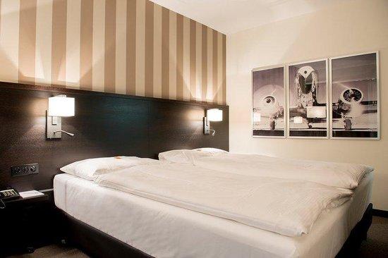 Park Hotel Winterthur: Guest Room