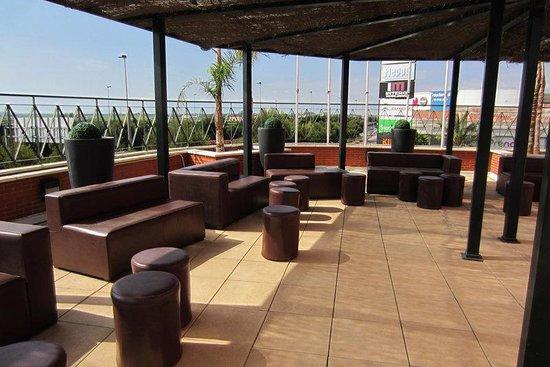 Hotel Albufera: Terrace