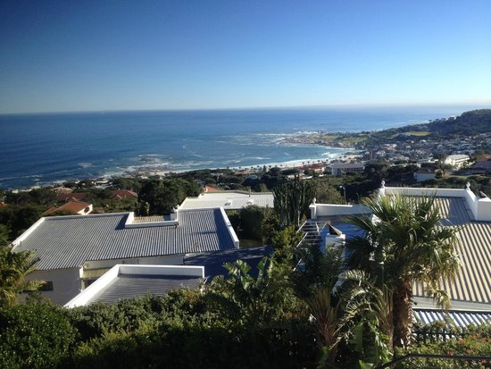 Atlanticview Cape Town Boutique Hotel: View from the outside deck